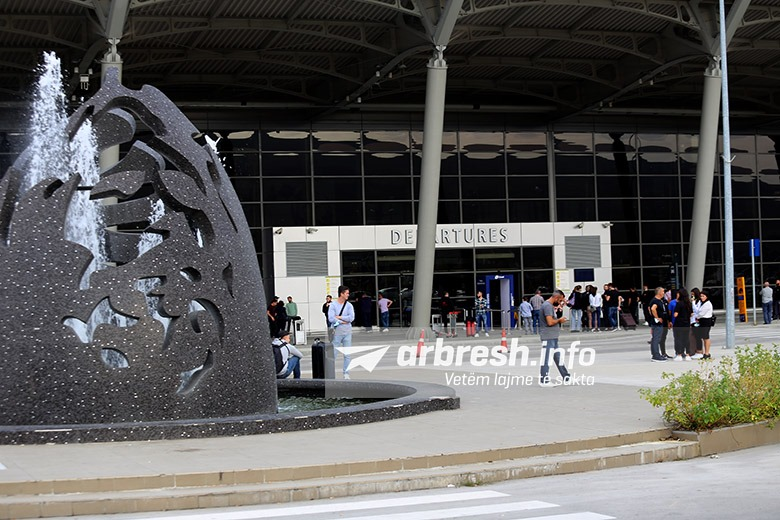 ngritja-e-cmimit-te-biletave-aeroporti-i-prishtines-planifikon-te-rrise-numrin-e-kompanive-dhe-linjave-te-reja